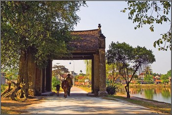 Ha Noi – Duong Lam village and Ancient Houses