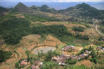 Dong Van - Bao Lac