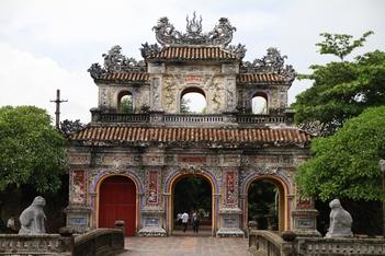 Phong Nha  -  Hue